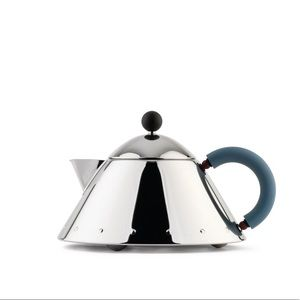 Alessi MG33 silver kettle
